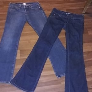 TWO PAIR OF JEANS LUCKY AND HUDSON